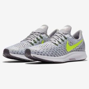 Nike Air Zoom Pegasus 35 Sneakers